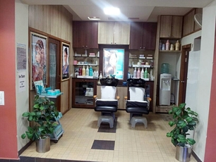 Upstyle Salon & Spa, Navrangpura
