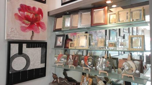 Top Art Gallery, Ambavadi