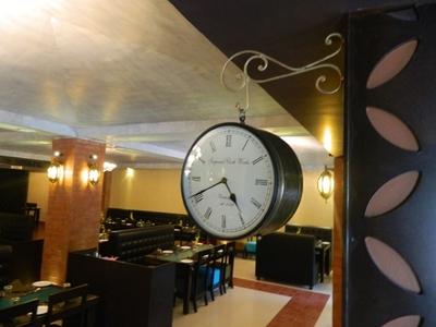 Bistro 61 A Multicuisine Restaurant, Ambavadi