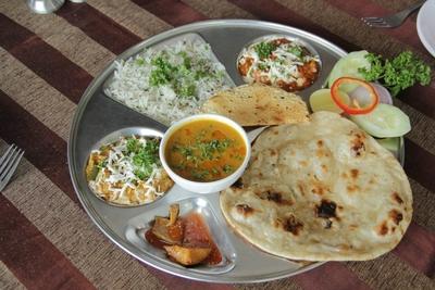 Food Zone-II Restaurant & Banquet, Naranpura