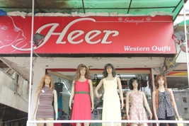 Heer - Fashion Hub, Gurukul