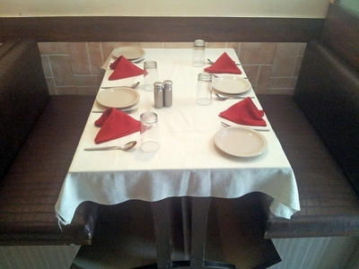 Topaz Restaurant, Ambavadi