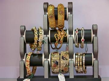 Saheli Imitation Jewellery, Sola