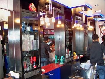 Tanishq Hair Saloon