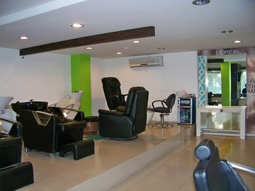 H2 Seven- Hair & Beauty Lounge