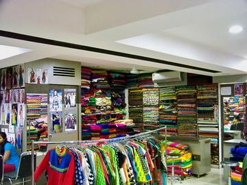 Manpasand Dresses, Shahibagh