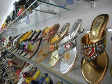 Chavda-Fashion Footwear For Family